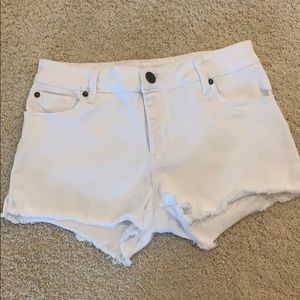 STS Blue white jean shorts, size 27